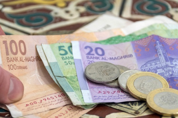 Épargne ou emprunt, les Marocains s'en sortent-ils avec la crise du Covid?